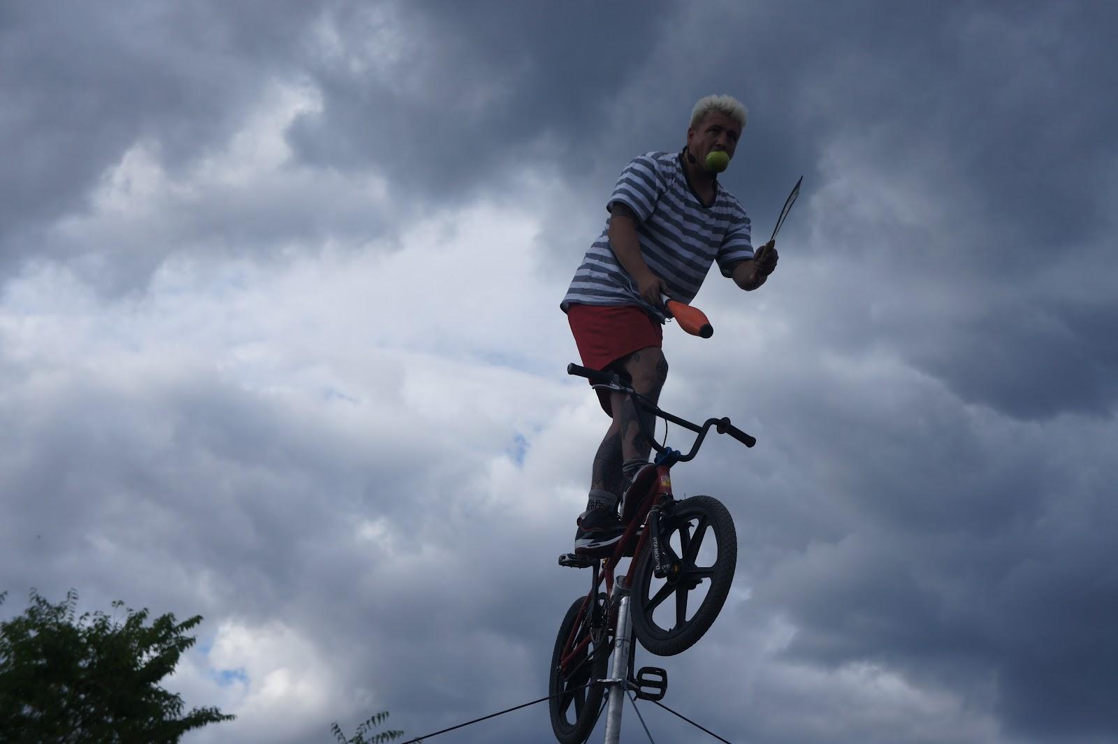 interPLAY 2012: Bike Boy