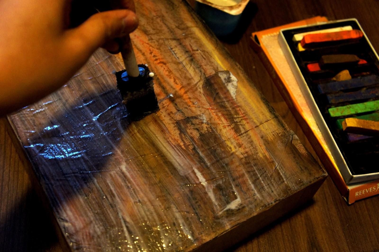 DIY: Faux Wooden Box