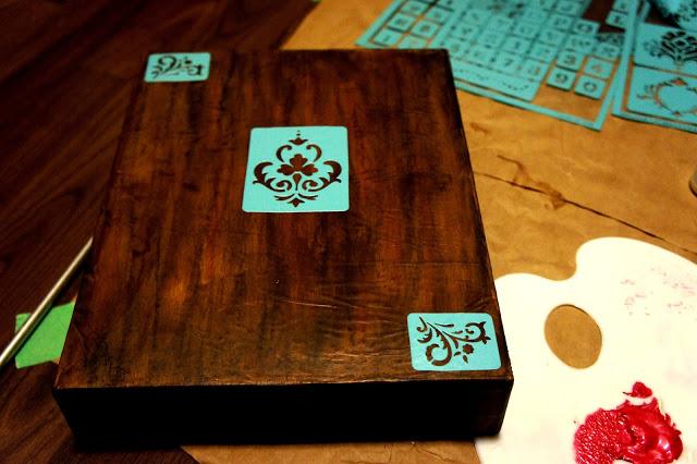 DIY: Faux Wood Box